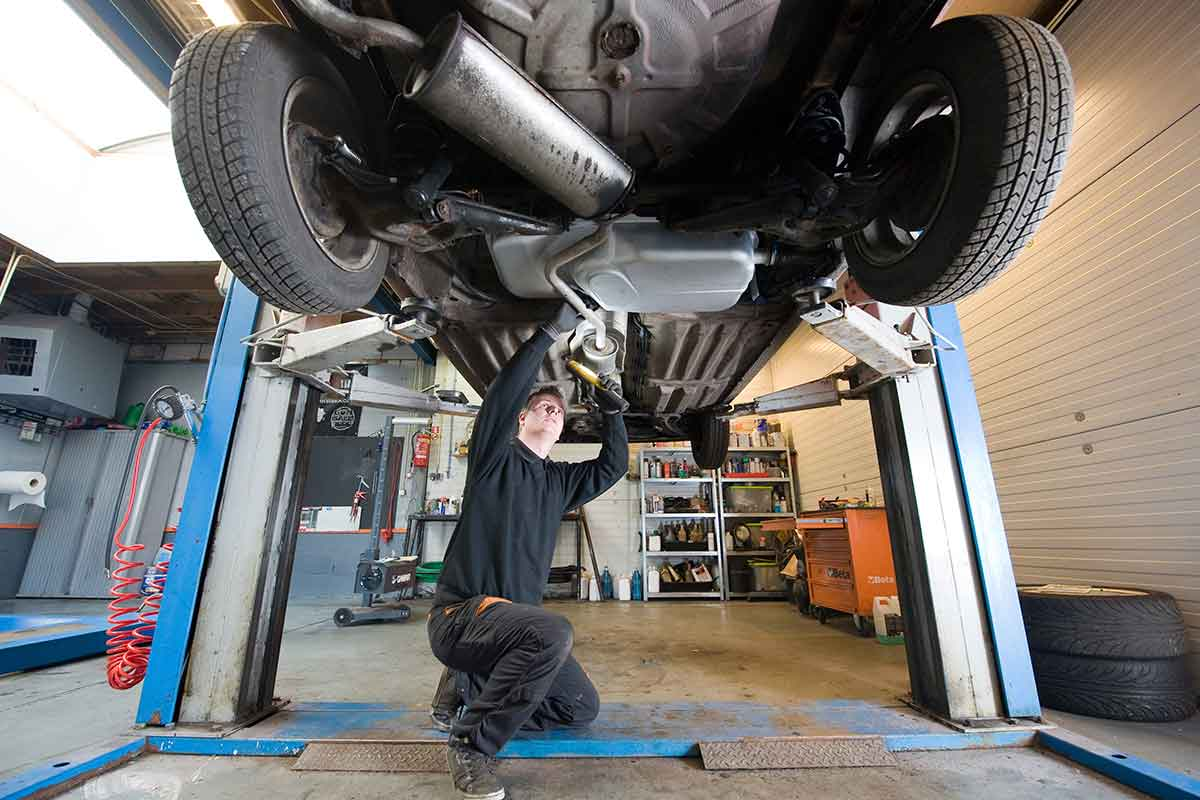 best auto body repair shop in kamloops